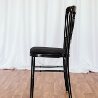 Black Cheltenham Chair with Black Seat Pad