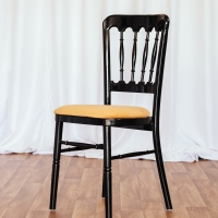 Black Cheltenham Chair with Gold Seat Pad